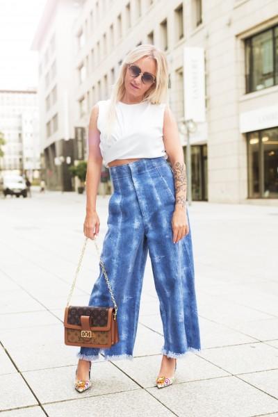 Jeans-Culotte mit Fransen